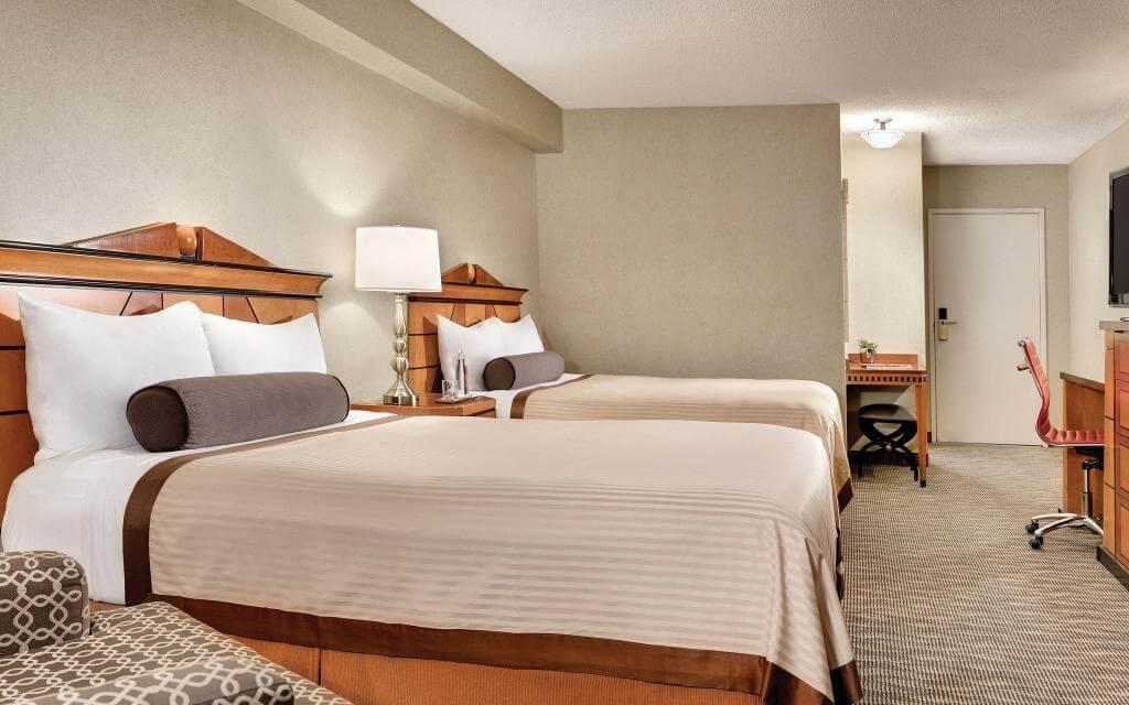 free luxor hotel room