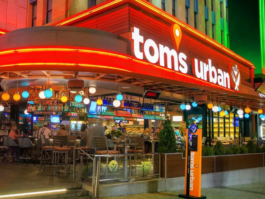 tom's urban 2-for-1 tom beers