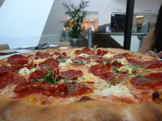 cucina wolfgang puck best las vegas pizza